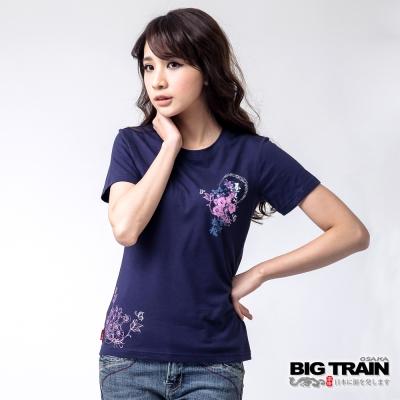 BIG TRAIN 花月蝶櫻圓領TEE-女-深藍