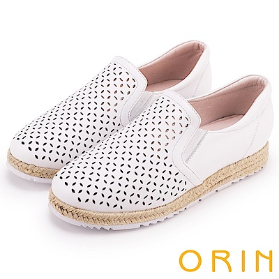 ORIN 引出度假氣氛 牛皮趣味簍空麻編平底便鞋-白色