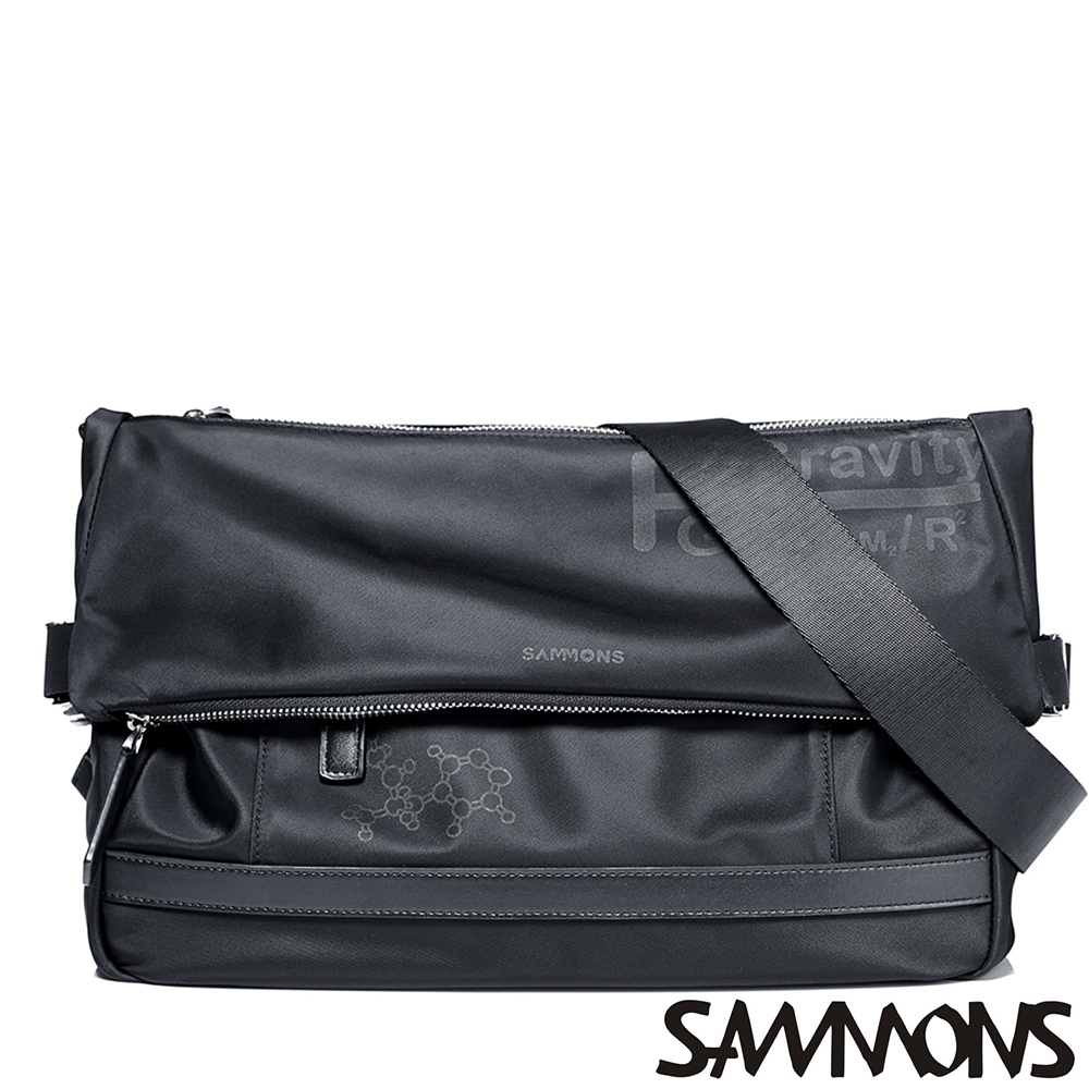 SAMMONS 奧古斯特尼龍休閒斜背包 個性黑