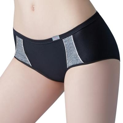 思薇爾 K.K.Fit系列M-XL素面中低腰平口內褲(黑色)