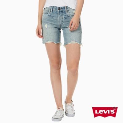 牛仔短褲 女款 505C 中長版 不收邊 - Levis