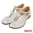 BESO 璀璨奢華 閃耀珍珠寶石T帶真皮涼鞋~白
