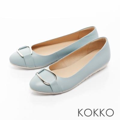 KOKKO-復古圓環扣皮帶真皮彈力休閒平底鞋-藍色