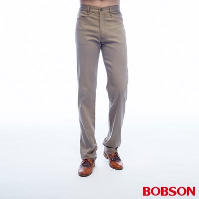 【BOBSON】男款中腰彈性直筒褲(墨綠41)