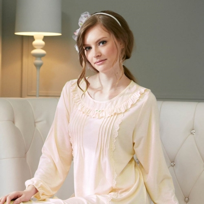 羅絲美睡衣 - 優雅時刻長袖洋裝睡衣 (天使白)
