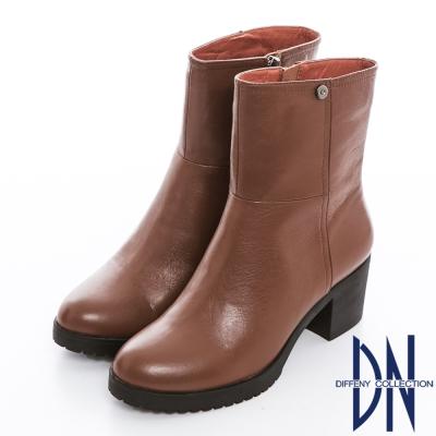 DN 歐美主流 質感素面全真皮簡約粗跟短靴 棕