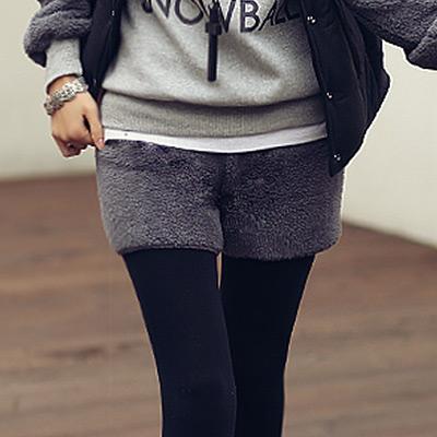 正韓 保暖刷毛鬆緊腰圍短褲 (共二色)-N.C21