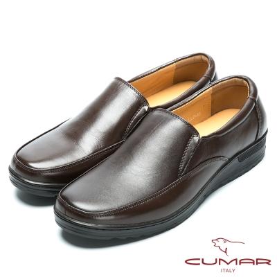 CUMAR 舒適真皮 舒適大底真皮休閒皮鞋-咖啡色
