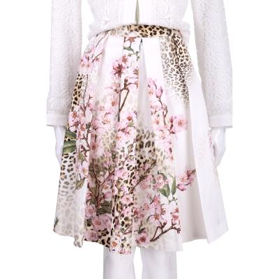 BLUGIRL 白色櫻花豹紋圖印抓褶設計及膝裙