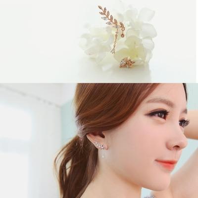 梨花HaNA-韓國浪漫雕花葉片不規則垂綴耳環夾式玫