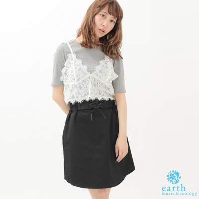 earth music 細肩吊帶蕾絲背心+素面短袖上衣+鬆緊腰綁帶中裙