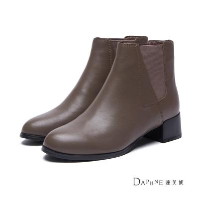 達芙妮DAPHNE-短靴-真皮斜拼接雀兒喜靴-灰駝8H