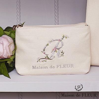 Maison de FLEUR 字母花朵刺繡化妝包