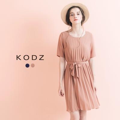 東京著衣-KODZ 氣質美感附綁帶百褶及膝洋裝-S.M.L(共二色)