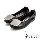 GDC-方形亮面飾扣真皮平底娃娃鞋-黑色