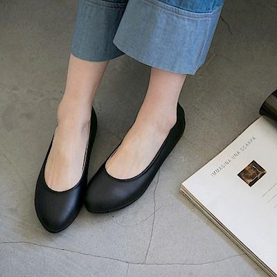 素色柔軟仿皮革平底娃娃鞋-OB大尺碼