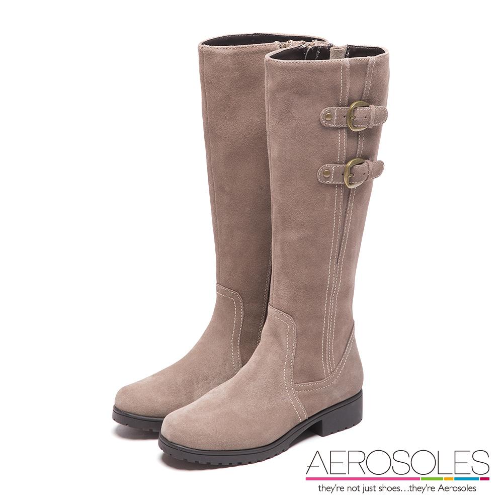 AEROSOLES 雪國天使麂皮幾何車線金屬釦帶靴~氣質棕灰