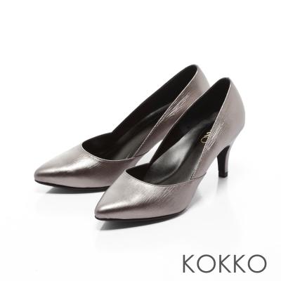 KOKKO-經典復刻尖頭真皮側挖低高跟鞋-銀