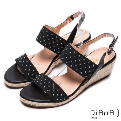 DIANA 仲夏風味--鬆緊繃帶金屬水鑽菱格楔型涼鞋-黑