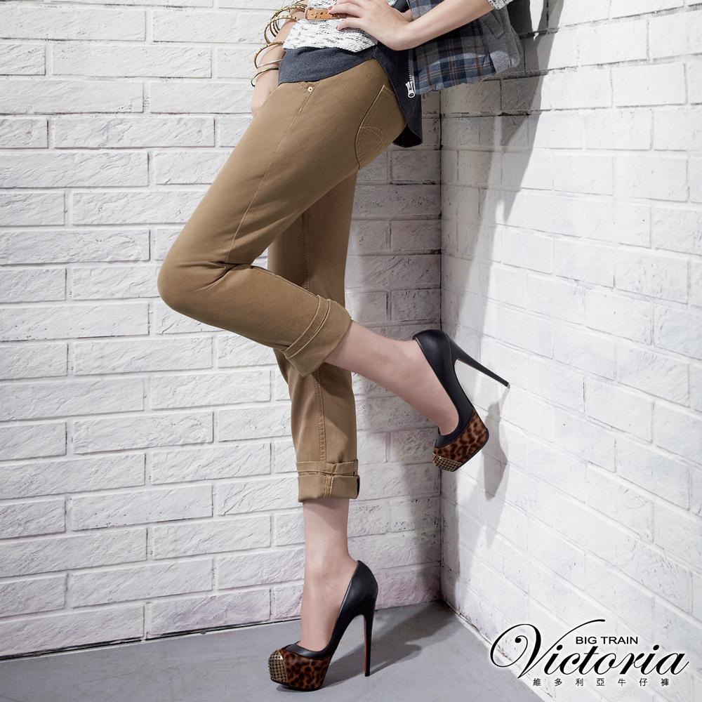 Victoria 3D剪裁男友色褲-女-卡其