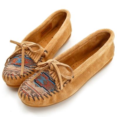 MINNETONKA 沙棕色印地安刺繡麂皮莫卡辛 女鞋 (展示品)