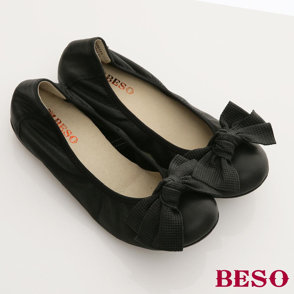 BESO 甜心派對-牛皮餅乾系手作感大蝴蝶結平底娃娃鞋-百搭黑