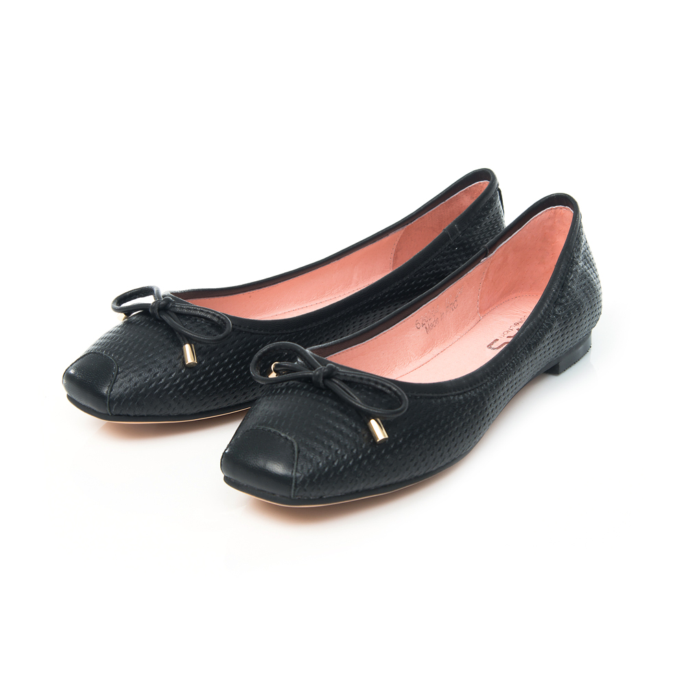 TAS 蝴蝶結羊皮沖孔方頭娃娃鞋-實搭黑