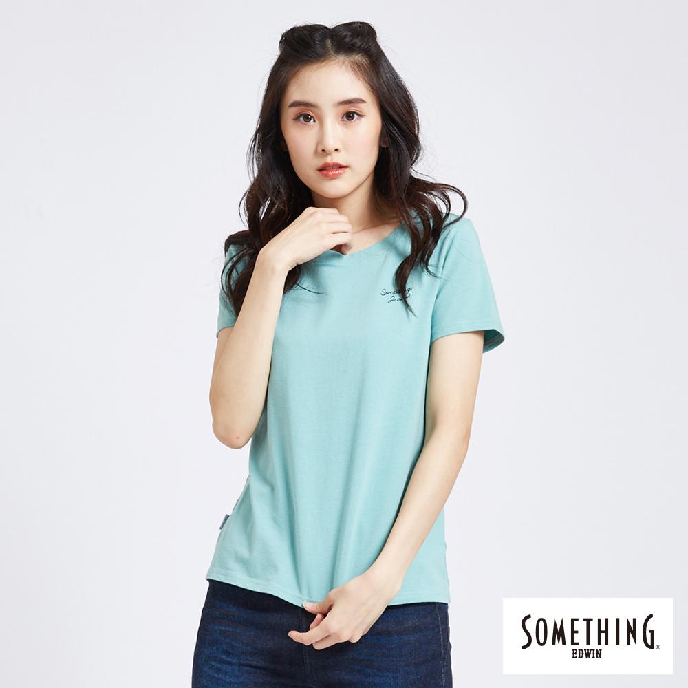 SOMETHING 簡約刺繡圓領短袖T恤-女-灰綠色