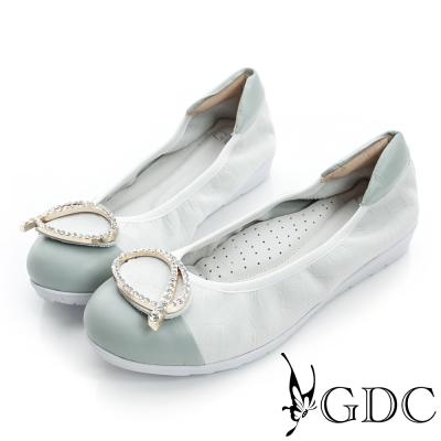 GDC百搭-粉彩鱷魚紋水鑽拼接真皮厚底娃娃鞋-白色