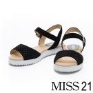 涼鞋 MISS 21 寬版一字弧形造型全真皮輕巧涼鞋-黑