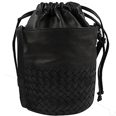 BOTTEGA VENETA編織斜背束口水桶包(黑)