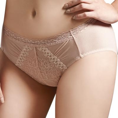 思薇爾-挺享塑系列M-XXL蕾絲中腰三角褲(輕粉膚)