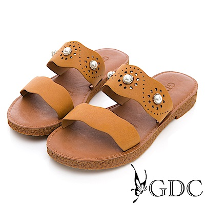 GDC-森林系珍珠雕花軟Q平底拖鞋-土黃色