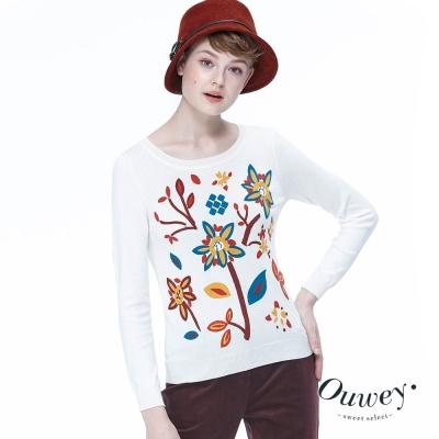 OUWEY歐薇-民俗風刺繡圓領長袖毛衣-米