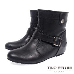 Tino Bellini 簡約經典釦帶內增高短靴_黑