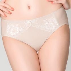 思薇爾 花優系列M-XXL蕾絲中腰三角內褲(白銀膚)