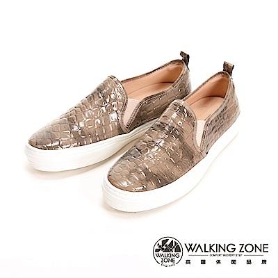 【WALKING ZONE】防水系列 皮革紋造型休閒 女鞋-棕(另有黑)