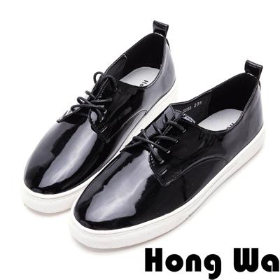 Hong Wa韓系極簡時尚漆皮綁帶休閒便鞋-素雅黑
