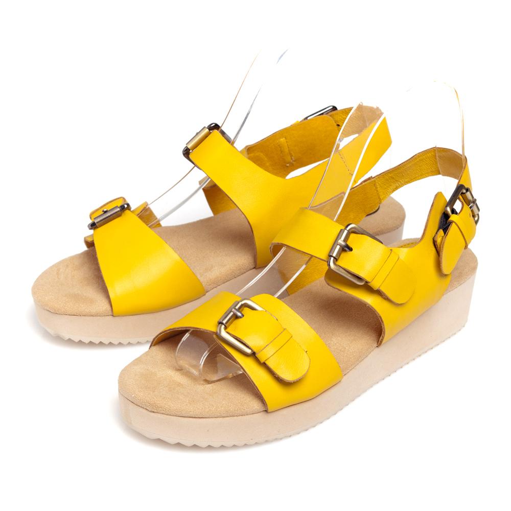 G.Ms.韓系經典皮帶釦牛皮鬆糕厚底涼鞋-俏皮黃