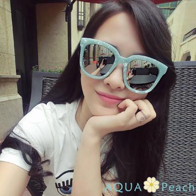 AQUA Peach-琥珀紋框鏡面小臉墨鏡 (藍綠色)