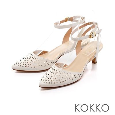 KOKKO-雅緻尖頭縷空雕花繫帶高跟鞋-白色