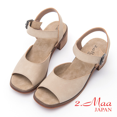 2.Maa - 休閒素面設計扣環涼鞋 - 米