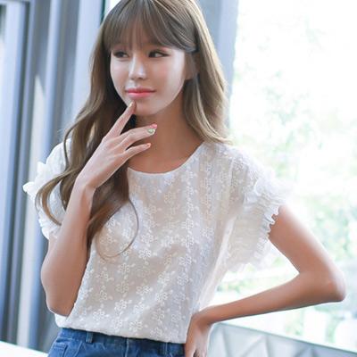 鈎花蕾絲花瓣袖短袖上衣 (白色)-Kugi Girl