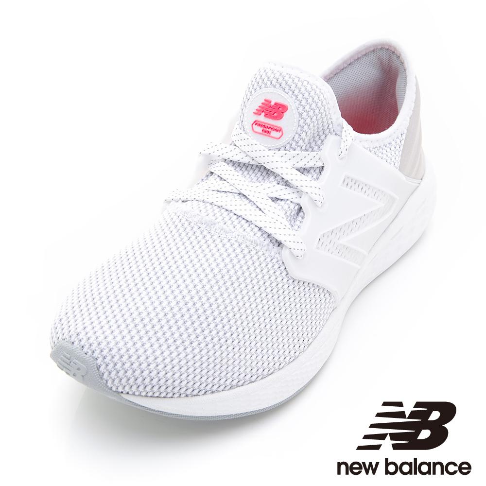 New Balance 運動跑鞋 MCRUZRW2男性白色