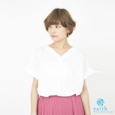 earth music 素面V領打摺設計絲光棉短袖上衣/T恤