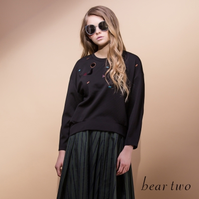 beartwo-彩色刺繡幾何拼布造型上衣-二色