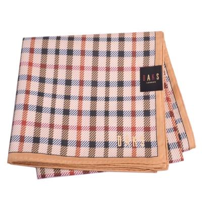 DAKS 經典品牌格紋圖騰字母LOGO帕領巾(大/卡其格)