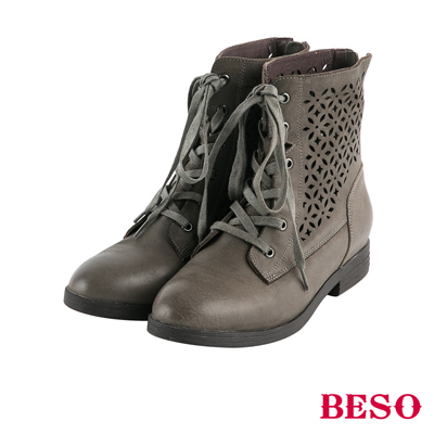 BESO花漾甜心 簍空雕花綁帶全真皮短靴~灰