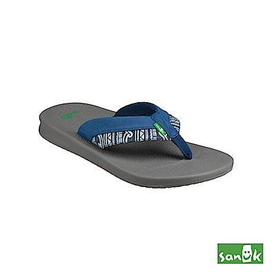 SANUK 圖騰寬帶瑜珈墊人字拖鞋-男款(藍色)