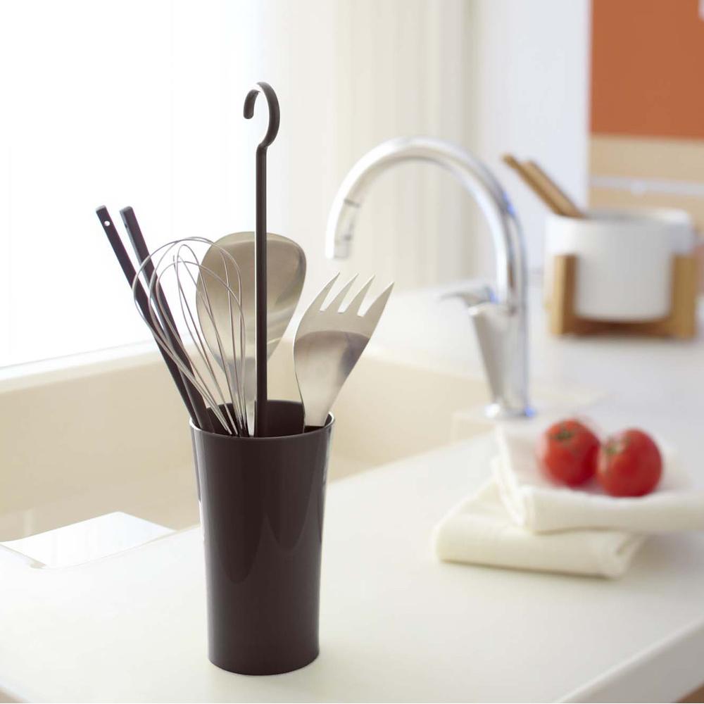 【YAMAZAKI】現代鄉村可掛式廚具瀝水籃-棕★餐具收納/廚房用品/瀝水架